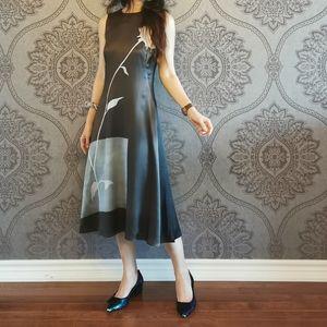 Host Pick NWOT 100% silk midi printed dress